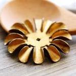 Vintage Aged Brass 6 Petaled Large ..